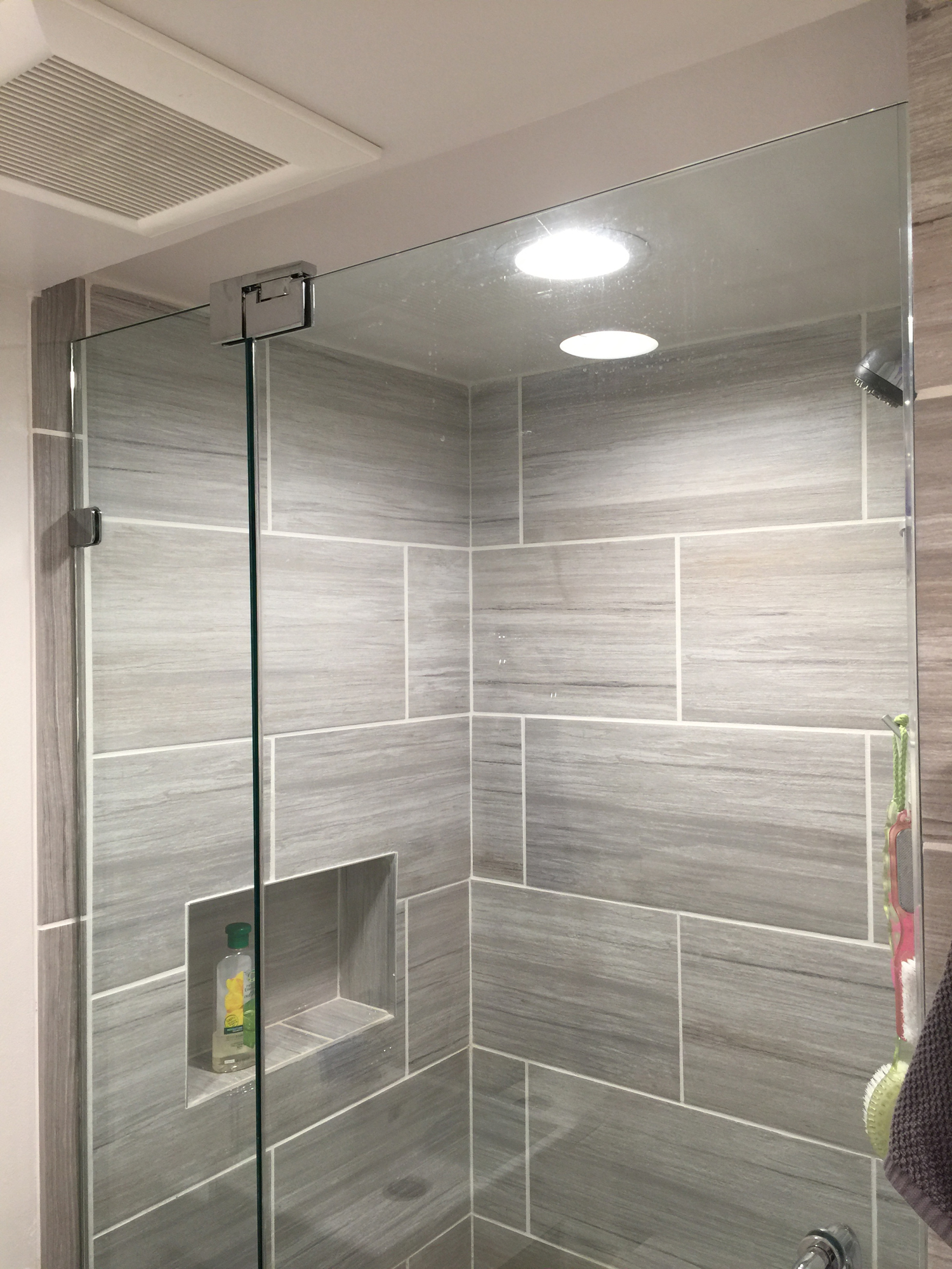 Small bathroom shower door installation & Small Bathroom Frameless Shower Door Installation Wayne NJ